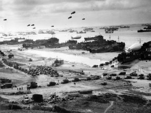 Le 6 juin 1944,le Jour J...Overlord! Les mêmes banquiers qui avaient  transférés des fonds pour l'armée allemande,réinvestissent pour l'invasion de l'Europe.